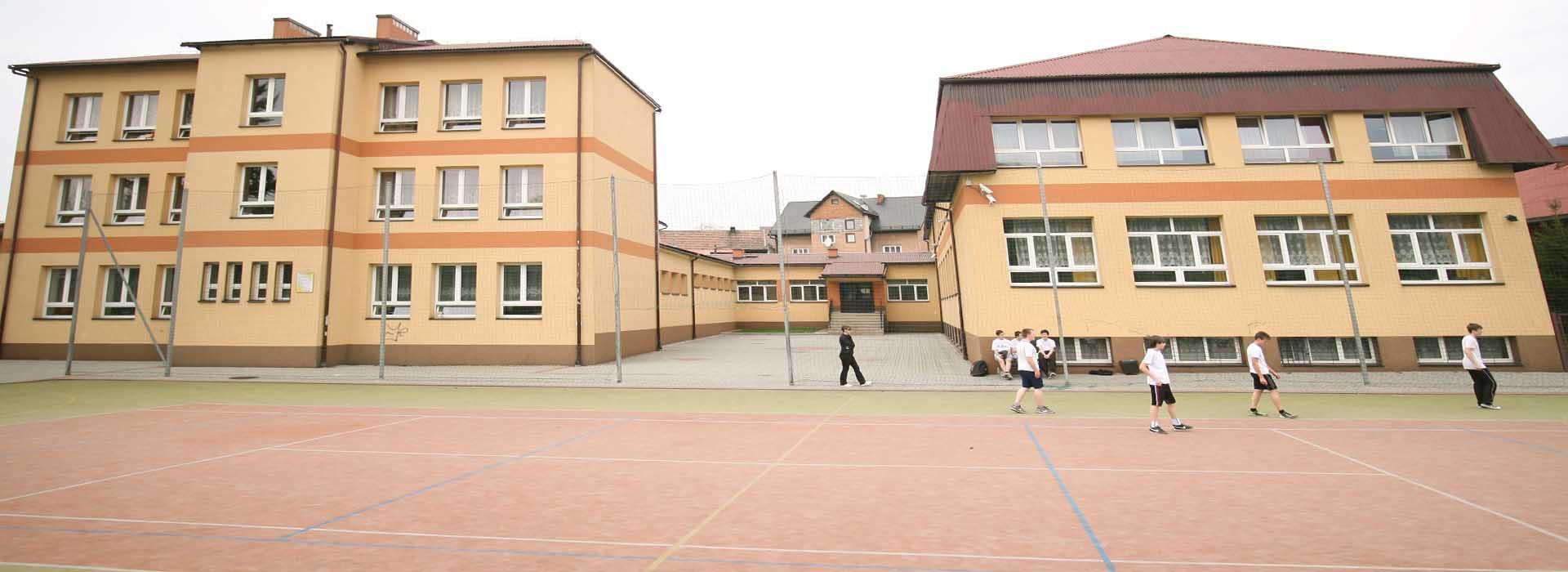 images/galeria/budynek/bud2.jpg
